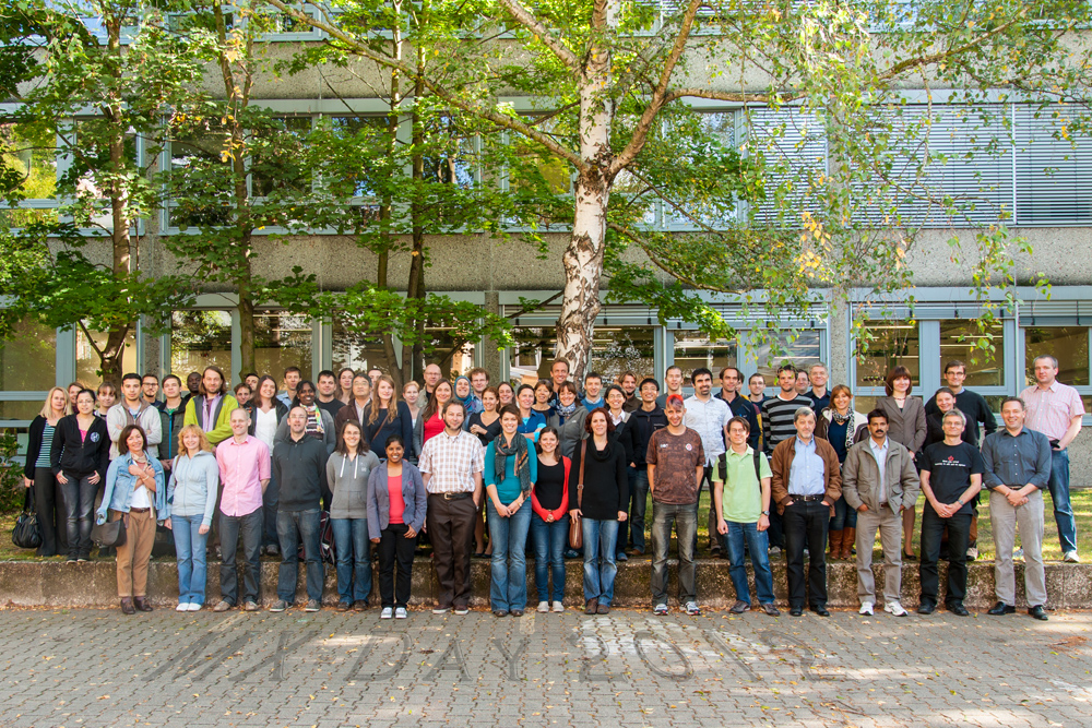 Group picture of participants of 3. Jount MX day, 19.08.2012 - enlarged view