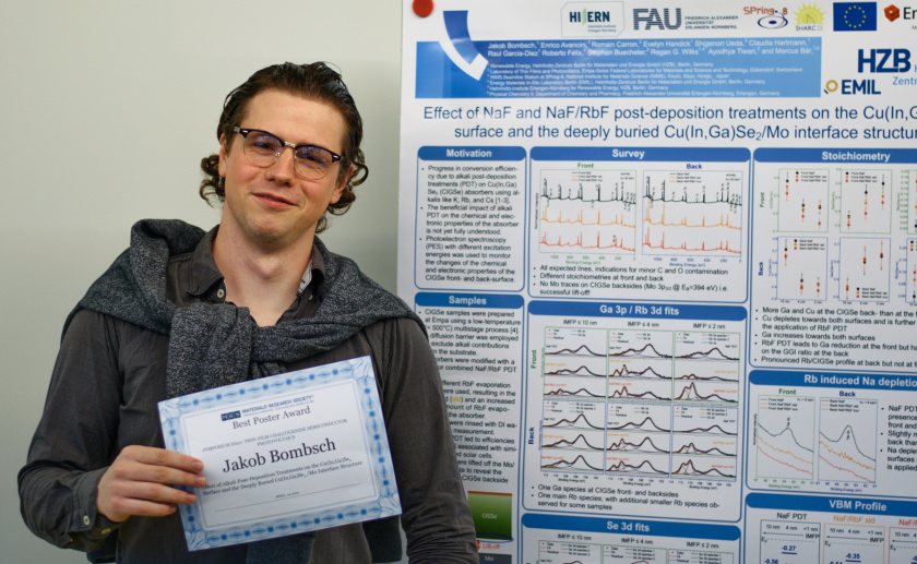 Jakob Bombsch received an award for his poster on CIGSe absorbers at the spring meeting of the Materials Research Society.