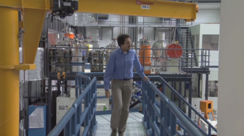 "<a href=""http://www.helmholtz-berlin.de/mediathek/video/portraits/neutrons_de.html"">&#9654;<strong> Video:</strong> Meet the Neutrons</a>"