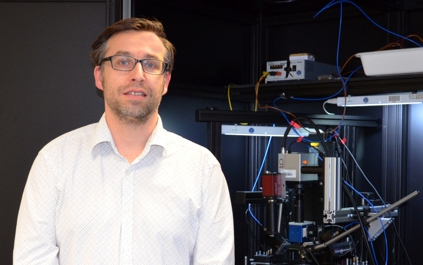 Alex Redinger receives two million euros in funding from the Luxembourg National Research Fund for expanding his research into solar cells materials at the university Luxembourg.