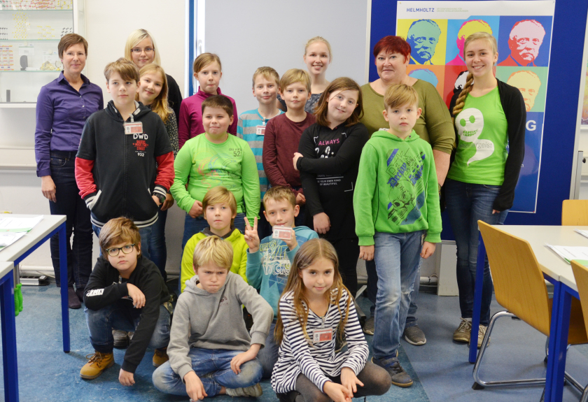 "Guest at HZB: the 5th class from primary school ""Am Lindenpark"" in Nauen."