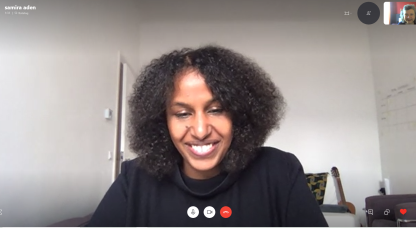 """Her living room is now a """"co-working space"""" for architect Samira Aden, who is working in the office for building integrated photovoltaics, BAIP, at HZB."""