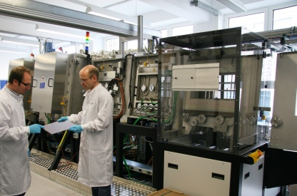PVcomB conducts research and technological improvement on CIGS solar cells, in close cooperation with industrial partners.