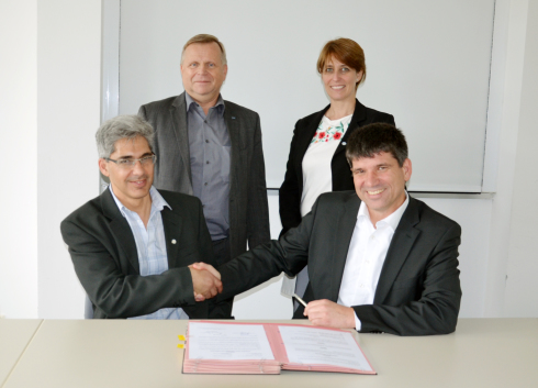 <p>Photo (from left to right): Dr. Javier Santisteban, scientific director of LAHN, Thomas Frederking, administrative director of HZB, Karina Pierpauli, CEO of LAHN, and Prof. Dr. Bernd Rech, scientific director of HZB. They came together to sign the agreement in Berlin.photo: Silvia Zerbe</p>