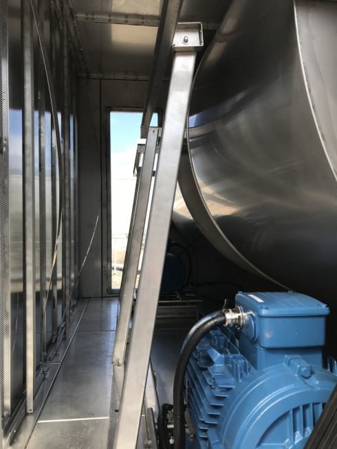 Here a little sneak peak into the inside of the cooling tower.