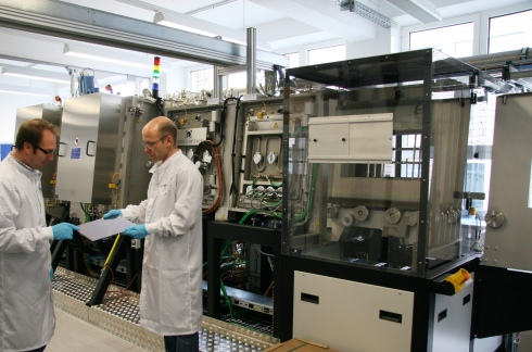 <p>PVcomB conducts research and technological improvement on CIGS solar cells, in close cooperation with industrial partners. Credit: A. Kubatzki/HZB</p>