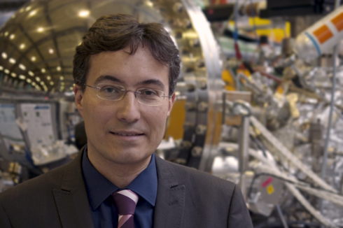 <p>Alexander Föhlisch is head of the HZB Institute Methods and Instrumentation for Synchrotron Radiation Research and holds a professorship at University Potsdam. Credit: HZB</p>