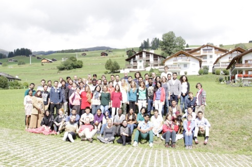 <p>Group picture in a beautiful landscape. Photo: Gino Günzburger.</p>