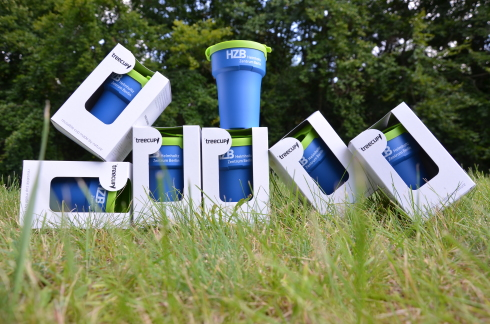 <p> Returnable cups are the best alternatives to the throw-away society. </p> <p></p>